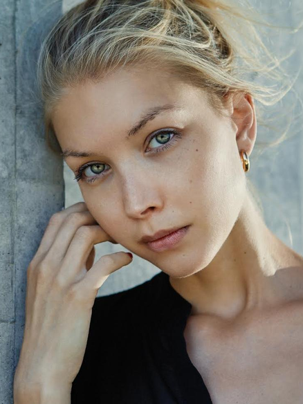 Czech Model Katre Cast