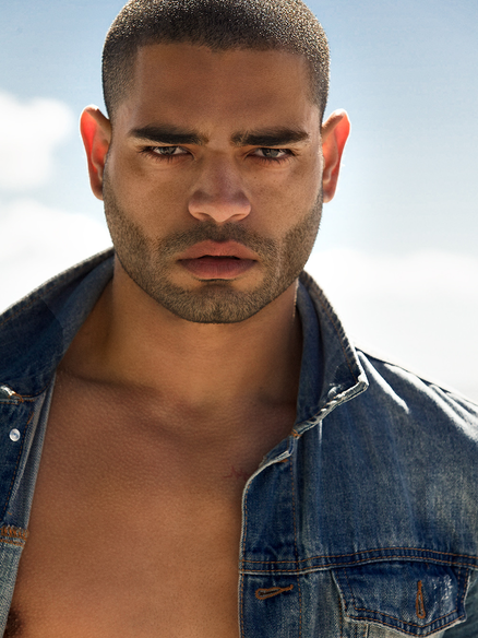 Male Latin Actor Elvis Rivera