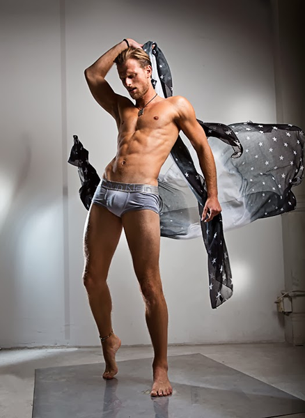 __luiskelling_underwear.scarf_em10+copy.jpeg