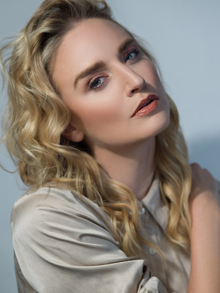 Blonde Model Brianna Barnes
