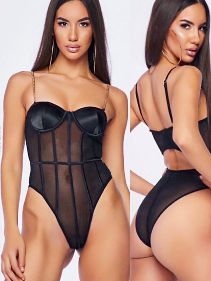 latina-in-lingerie.jpg