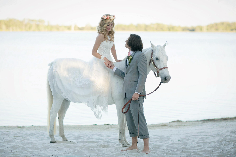 Couple horse (1).jpg