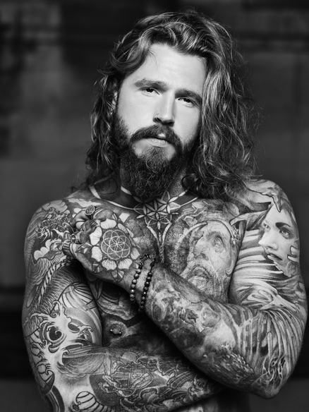 tattooed male actor