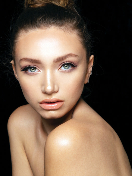LA Female Model Cristina LaFornara