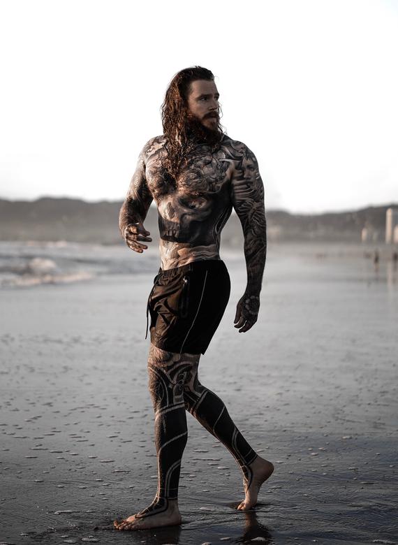 Male Tattooed Actor Kevin Creekman