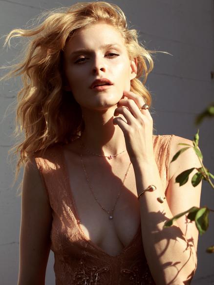 red hair female model