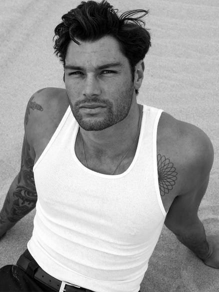 Surfer Model Chris Dinatale