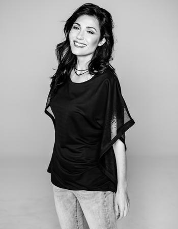 Dina R.