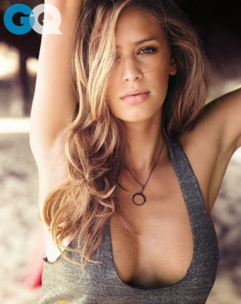 1387220736720_dylan-penn-gq-magazine-january-2014-women-02.jpg
