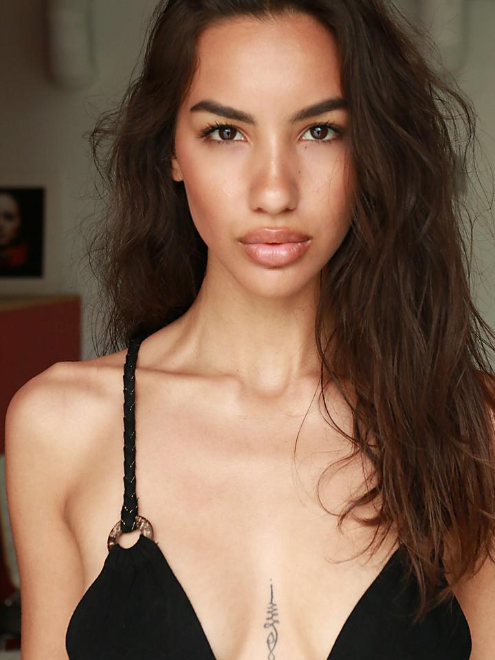 sexy-fashion-latina-model.jpg